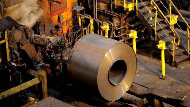 鋼價飆升 美銀:鋼鐵業榮景短暫 可稱之為泡沫(圖片:AFP)