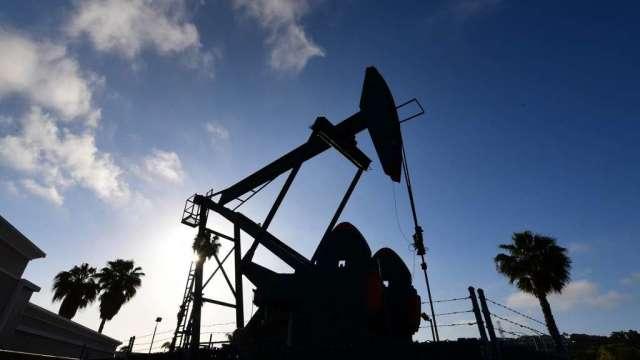 輸油管仍無法正常運作 美國宣布多州緊急狀態 油價續漲(圖:AFP)