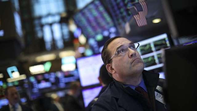 葛拉漢再度警告 美股史詩級崩盤已不遠了。(圖:AFP)