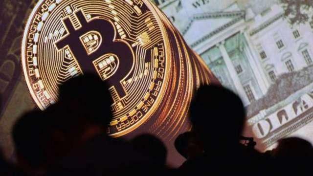 馬斯克一語驚動幣圈 加密貨幣市場一度蒸發3500億美元 比特幣崩13%(圖:AFP)