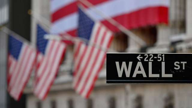 市場關注美失業金人數 美股期貨續跌(圖片:AFP)