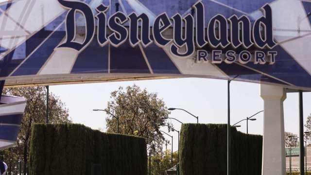 〈財報〉迪士尼營收遜色 Disney+訂閱數低於預期 盤後挫近4% (圖片:AFP)
