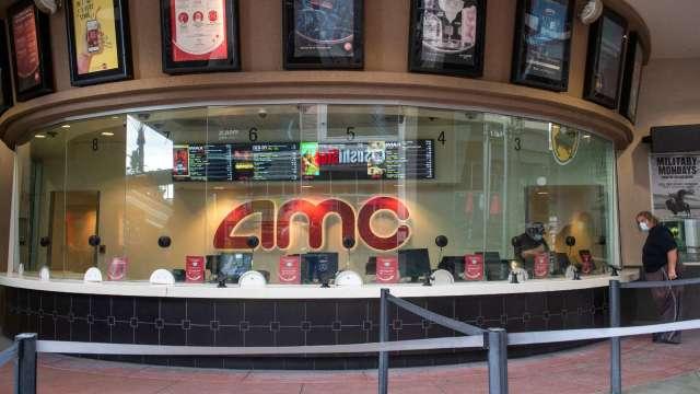 大眾上電影院需求積累已久!券商上修AMC目標價 (圖片:AFP)