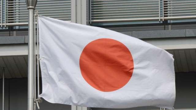 日本GDP首季年減5.1% 2020年度年減4.6% 二戰後最糟 (圖片:AFP)