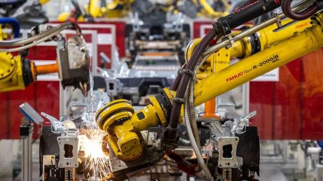 日本工具機訂單翻倍成長 連續六個月優於去年同期 (圖片:AFP)