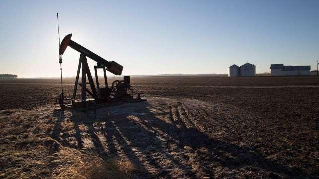 高盛:油價上漲的條件仍在 未來幾個月將突破每桶80美元(圖:AFP)