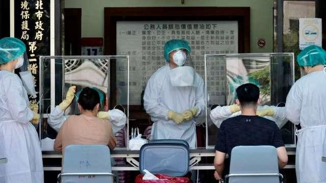時代雜誌:兩項重要因素 台灣疫情防線被攻破(圖:AFP)