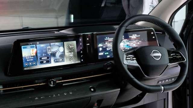 日本4月車用多媒體出貨額年增64% 電子零件短缺成隱憂 (圖片:AFP)
