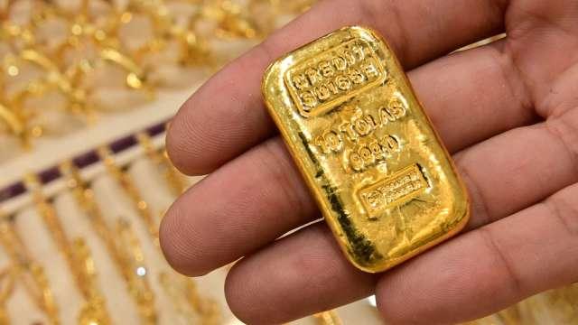 〈貴金屬盤後〉黃金收高於1900美元阻力點 今年轉正上漲 (圖片:AFP)