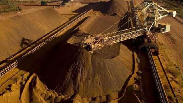 從鐵礦砂到玉米 中國正抑制大宗商品漲勢降溫 (圖片:AFP)