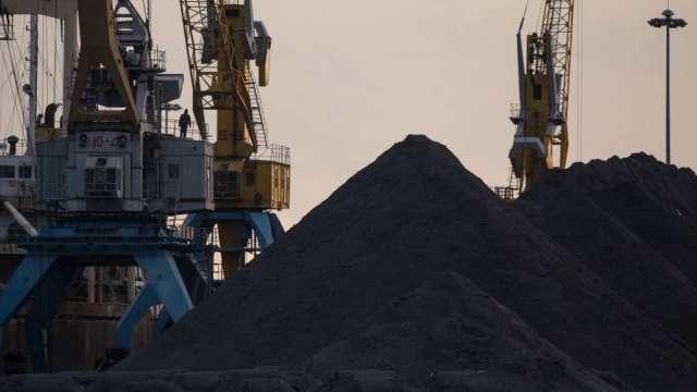 鋼材報價鬆動?唐山放鬆鋼鐵限產管制(圖片:AFP)