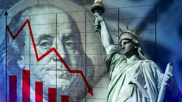 美元下跌 還可能「三重獲利」?(圖:shutterstock)