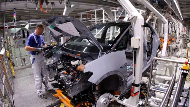 美國5月ISM製造業持續擴張 人力、原料短缺恐限制增長力道 (圖:AFP)