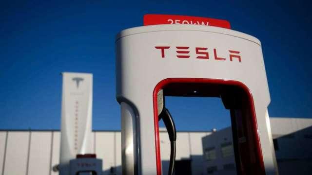特斯拉:每年預計向澳洲採購10億美元以上電池原料 (圖:AFP)