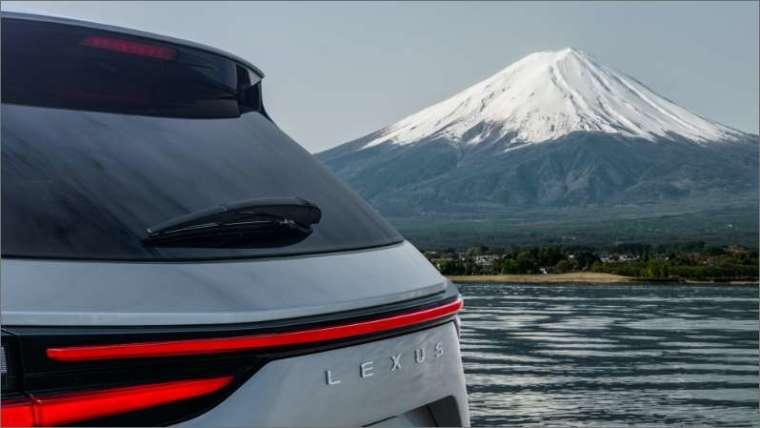 Lexus公布的NX車尾照片 (圖片:Lexus提供)