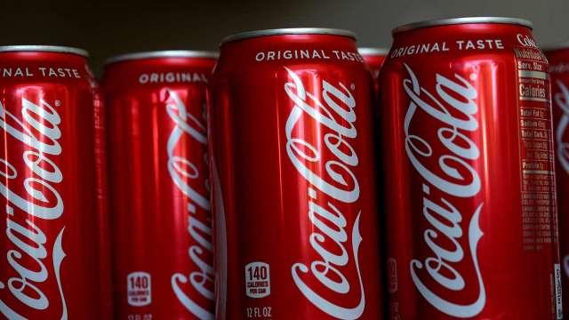快買可口可樂!大摩:華爾街太低估  本益比、營收預估均低於同業 (圖片:AFP)