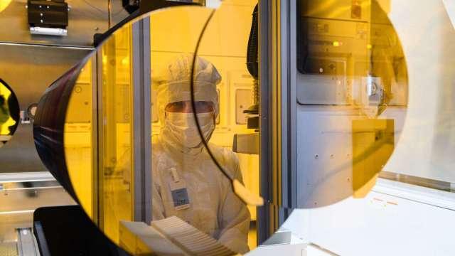 Bosch啟用新晶圓廠 梅克爾與會致詞 (圖片:AFP)