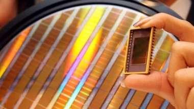 原廠庫存水位低+需求續強 NAND Flash Q3漲幅上看1成 。(圖:AFP)