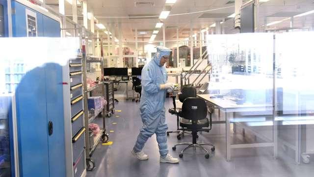 超豐普篩共4名員工確診 將影響6月產量減少約10%。(圖:AFP)