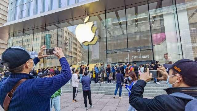 分析師預測:蘋果明年市值飆速衝破3兆美元。(圖片:AFP)