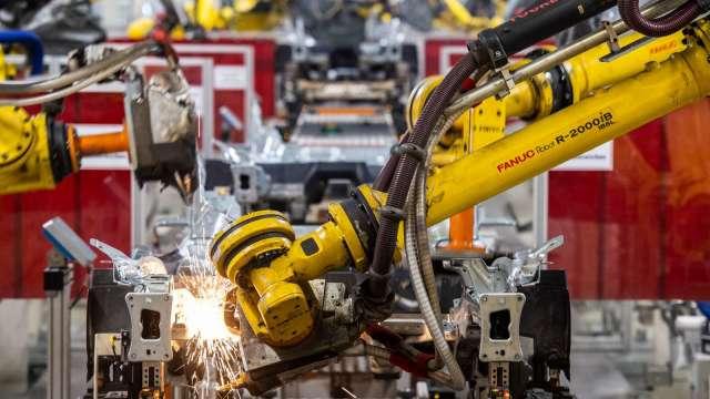 日本5月工具機接單逾1200億日圓 去年同期2.4倍 (圖片:AFP)