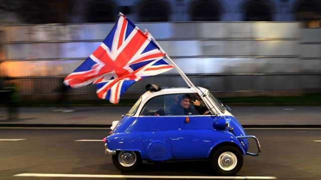英國4月GDP年增27.6% 創歷史新高 (圖片:AFP)