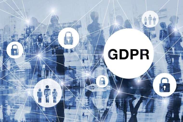 因應 AI、大數據時代的變化,歐盟在 2016 年通過 GDPR,2018 年正式上路,被稱為「史上最嚴格的個資保護法」。包括行動裝置 ID、宗教、生物特徵、性傾向都列入被保護的個人資料範疇。 圖│iStock