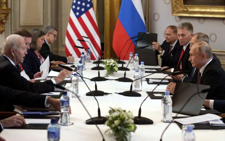 美俄峰會後兩國元首宣布恢復外交活動 (圖片:AFP)