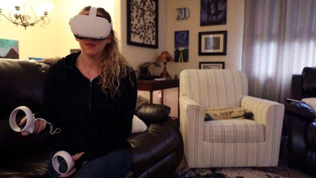 Oculus設備開始投放廣告 臉書營收來源又多一處 (圖片:AFP)