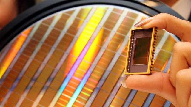 研調:2021年記憶體市場預測成長32% (圖片:AFP)