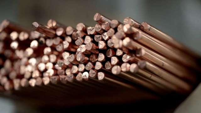 分析師:供應不足及綠色經濟提振 看好銅價長期走升(圖:AFP)