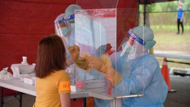 友達精準防疫,2200名外籍人員篩檢均呈陰性。(圖:友達提供)