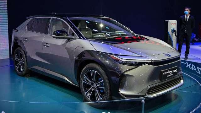 日本主要汽車零件廠商 2021年度獲利估年增6成 (圖片:AFP)