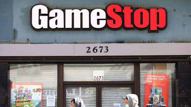 美股大盤走揚 迷因股卻挫逾6% GameStop新執行長初登板 (圖片:AFP)