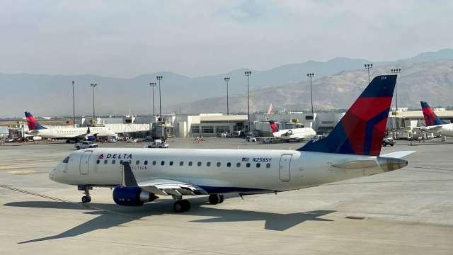 航空旅遊需求回升 達美航空計劃招聘1,000多名機師(圖片:AFP)