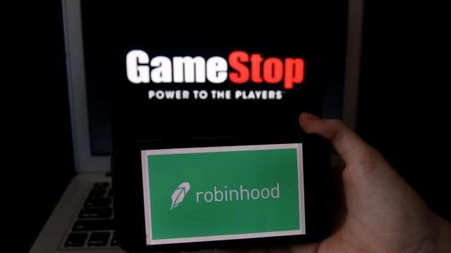 散戶再力挺!GameStop早盤大漲逾10%。(圖片:AFP)