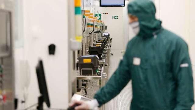 中國正在世界各地狂掃半導體生產設備 三星、海力士緊張 (圖:AFP)