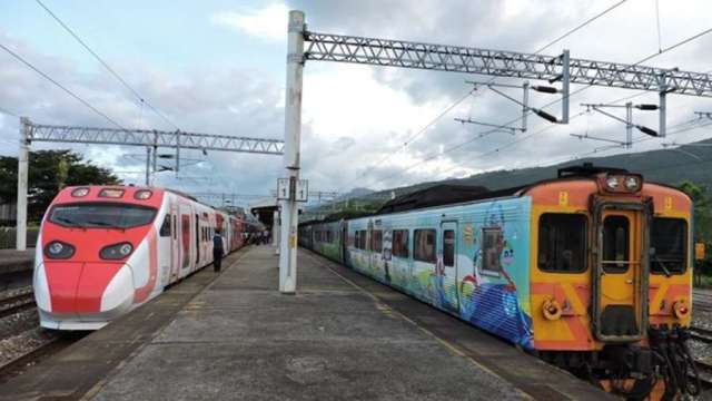 交部7月新措施上路 台鐵訂票時間放寬、i郵箱資費降。(圖:台鐵提供)