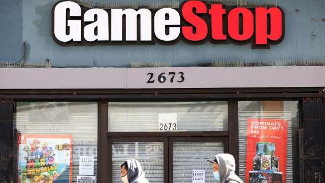 迷因股談基本面?GameStop進口暴增近2倍 高層換血 轉為羅素1000成分股 (圖片:AFP)
