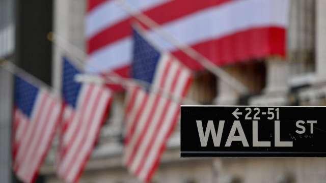 迷因股恐摧毀投資 傳奇投資人葛拉漢指出3大泡沫股(圖片:AFP)