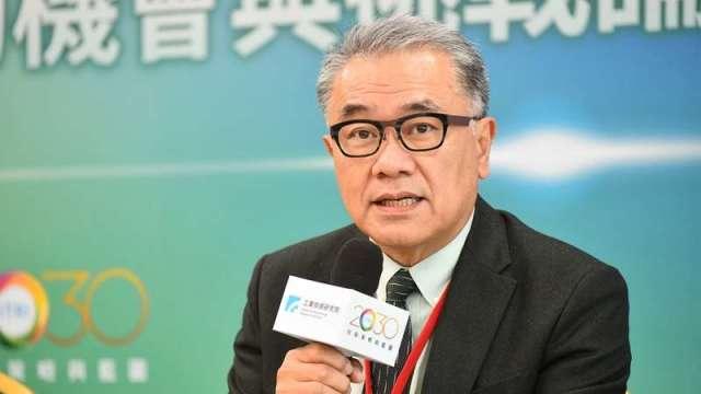 循環台灣基金會董事長黃育徵。臺灣的ICT產業本就具備優勢,未來供應鏈從物質延伸到服務,再從服務延伸到資訊,創造嶄新的商業模式。(圖:工業技術與資訊月刊)
