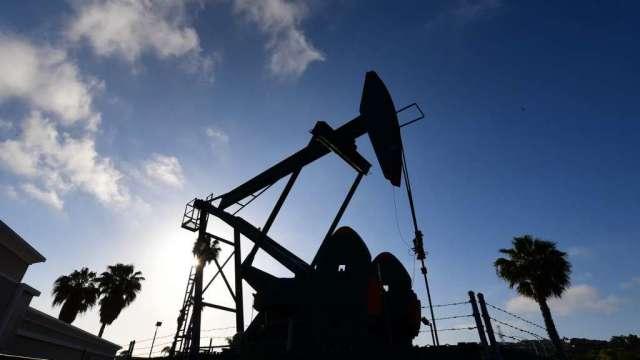 油價今年以來漲逾50% 料寫2009年以來最佳半年表現(圖:AFP)