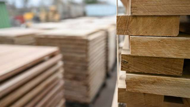 泡沫破裂!木材價格6月狂跌42% 單月表現逾40年最慘 (圖:AFP)