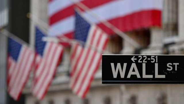 席勒本益比達到38倍 暗示美股恐面臨崩盤(圖片:AFP)