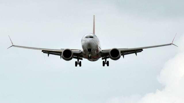 波音737迫降夏威夷海面 股價一同迫降。(圖片:AFP)