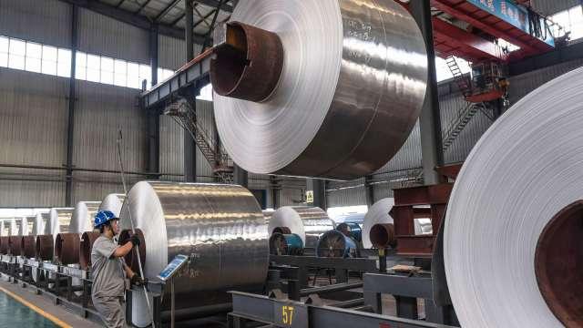 唐山下半年執行鋼鐵限產30%(圖片:AFP)