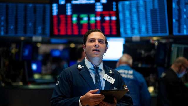 變異病毒蔓延 美台股市強勁上漲。(圖:AFP)