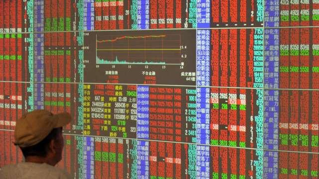 台股創高 上市櫃市值衝破60兆元大關 台積電、鴻海貢獻大。(圖:AFP)