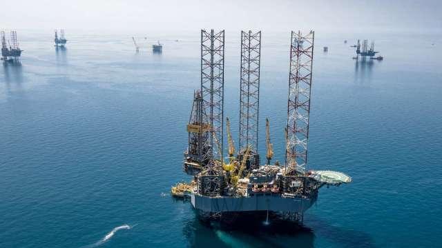 OPEC+部長級會議喊停 原油價格飆高! (圖片:AFP)
