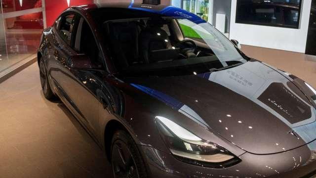 偉詮電車用布局報捷 智慧鏡頭晶片首獲車廠導入。(圖:AFP)